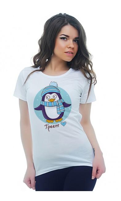 Женская футболка Любовь греет 2