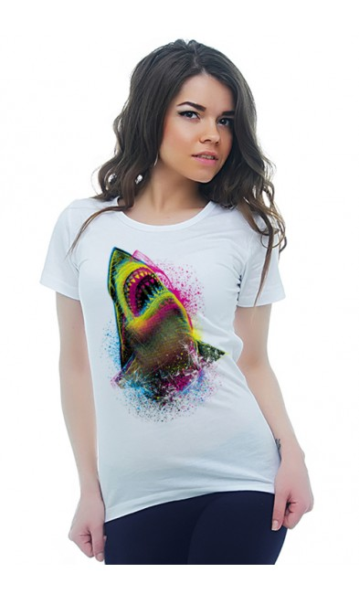 Женская футболка Акула